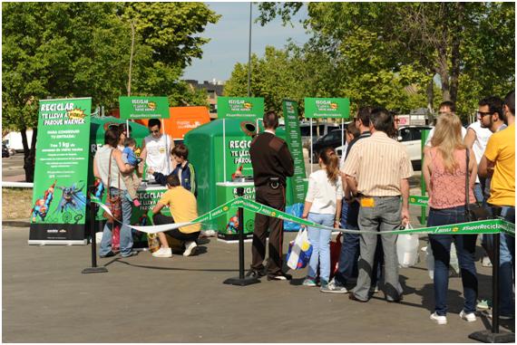 reciclaje vidrio parque warner