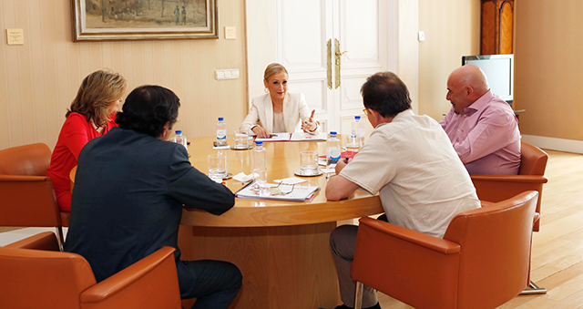 mesa de diálogo empleo cifuentes
