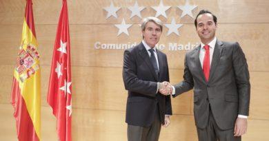 Garrido, en la presentación del acuerdo con Ciudadanos para los presupuestos de 2019. Foto: D. Sinova