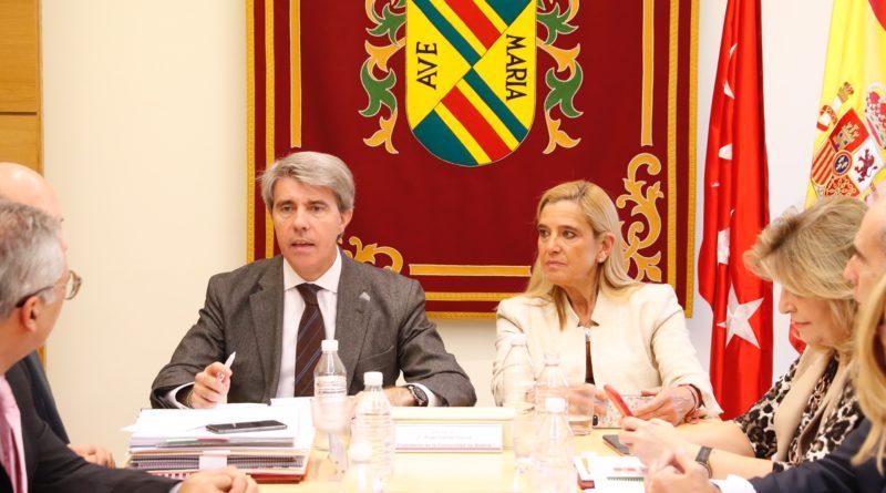 El Consejo de Gobierno.