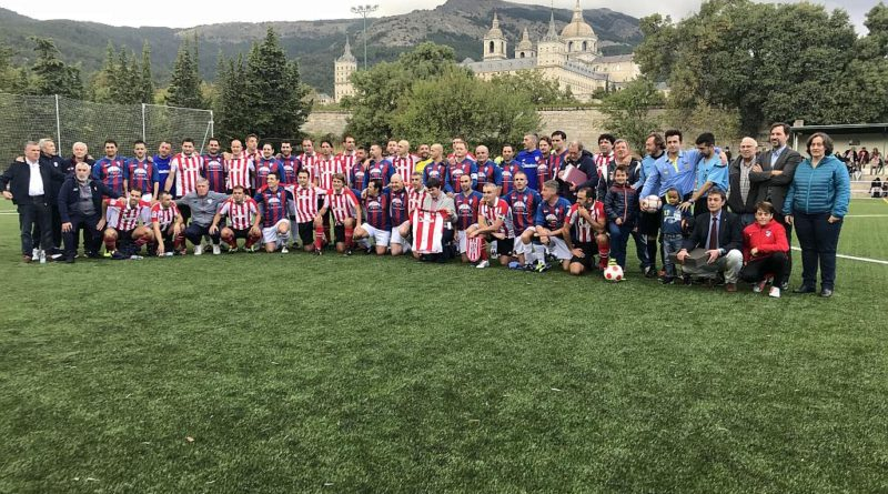 Veteranos de la UD San Lorenzo y Athletic Club de Bilbao.