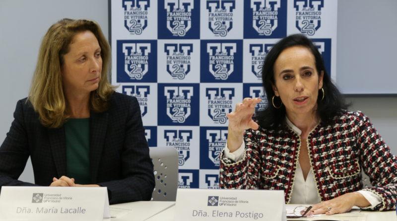 María Lacalle, presidenta del Congreso y Elena Postigo, profesora de Antropología y Bioética de la UFV.
