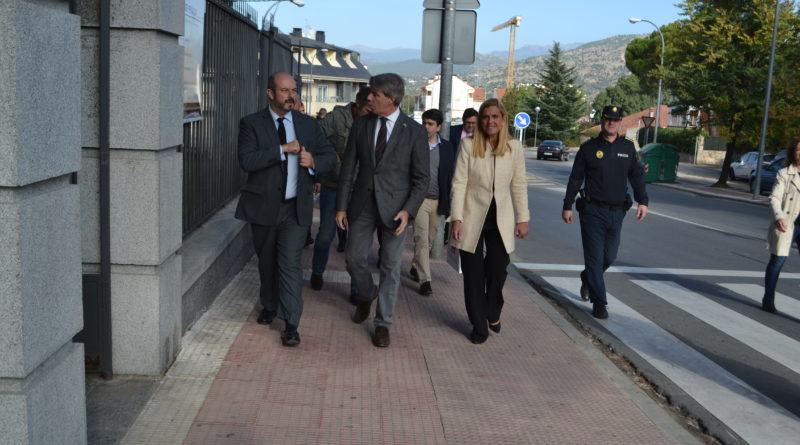 El presidente de la Comunidad de Madrid, Ángel Garrido junto a la alcaldesa de Collado Villalba, Mariola Vargas.