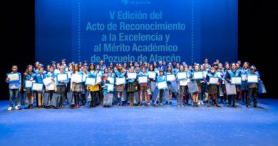 El Ayuntamiento de Pozuelo entrega los premios al Reconocimiento del Mérito y la Excelencia Académica.