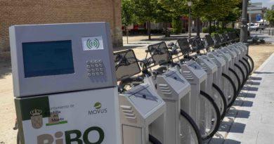 Estaciones de préstamo de bicicletas eléctricas.