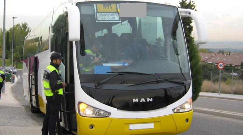 Los agentes han inspeccionado las rutas, tanto urbanas como interurbanas.