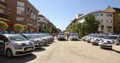 Los nuevos vehículos incorporados a la flota de la Policía Local de Las Rozas.
