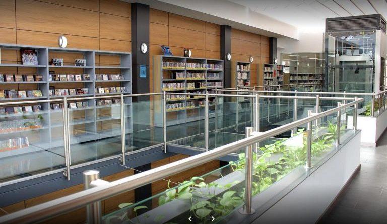 Biblioteca Municipal Ricardo León.