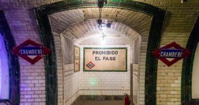 Comunidad.Metro Halloween