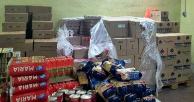 Guadarrama reparte 8 toneladas de alimentos del FEAD entre 130 familias del municipio  con necesidades básicas