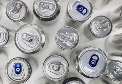 Valdemorillo llama  a participar  en el  reto de las 6.000 latas